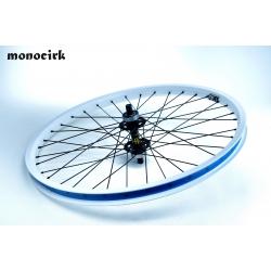 """roue 24"""" axe carré"""